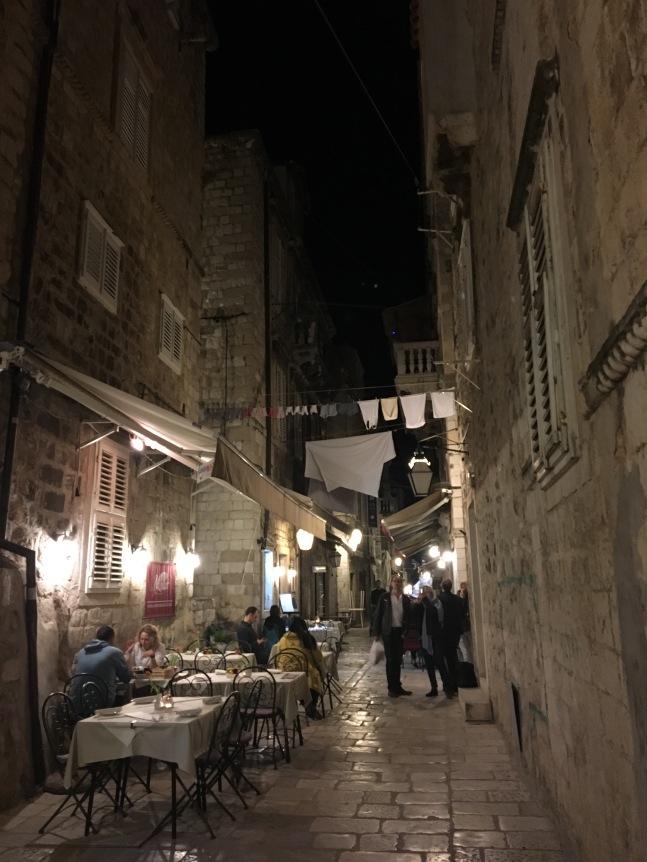 Dubrovnik old town sokak manzaraları